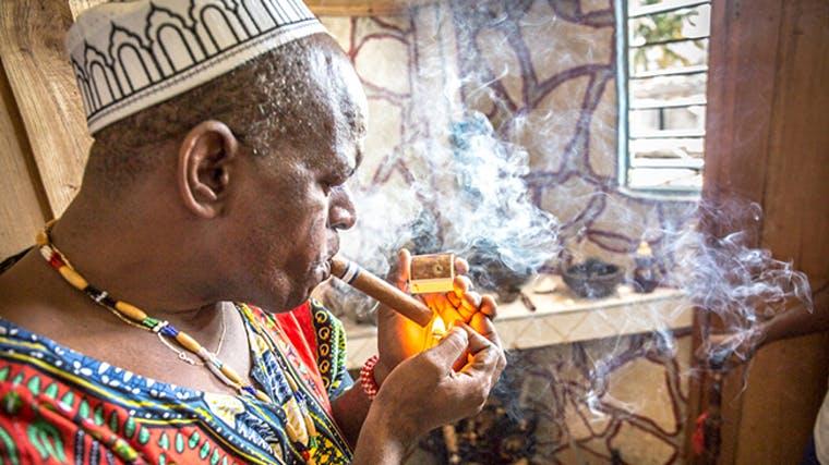 societatea santeria tutun